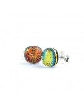 Puces d'oreilles Saumon artisanales en verre dichroïque