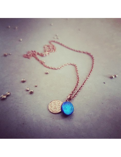 Collier Bleu Azur en verre et acier inoxydable rose