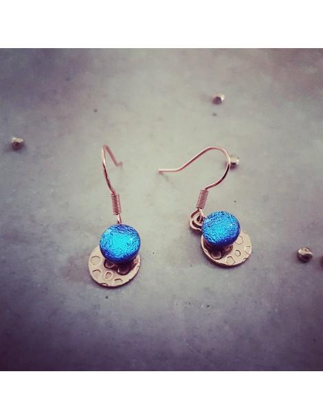 Boucles d'oreilles Bleu Azur en verre et acier inoxydable rose