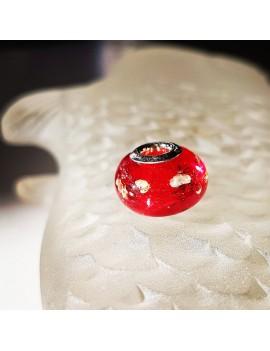 Charm rouge translucide artisanal en verre de Murano